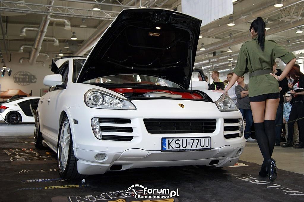 Porsche Cayenne, Wojna Północ-Południe