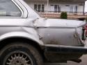 BMW 323 lewy tylni bok