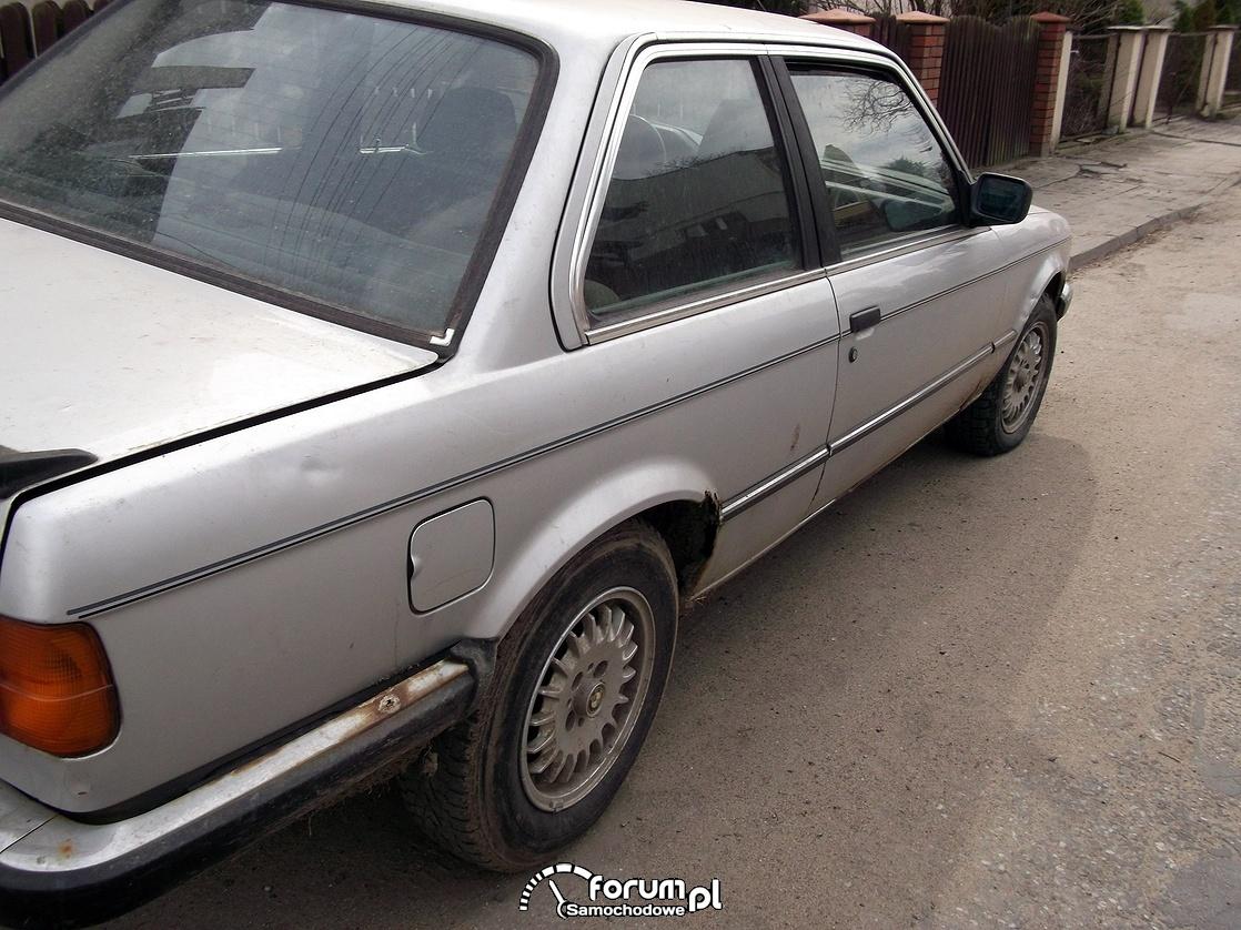 Prawy bok, BMW 323i