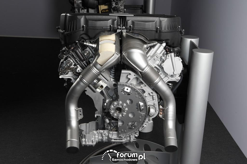 BMW TwinPower Turbo osiem-cylindrów, silnik benzynowy