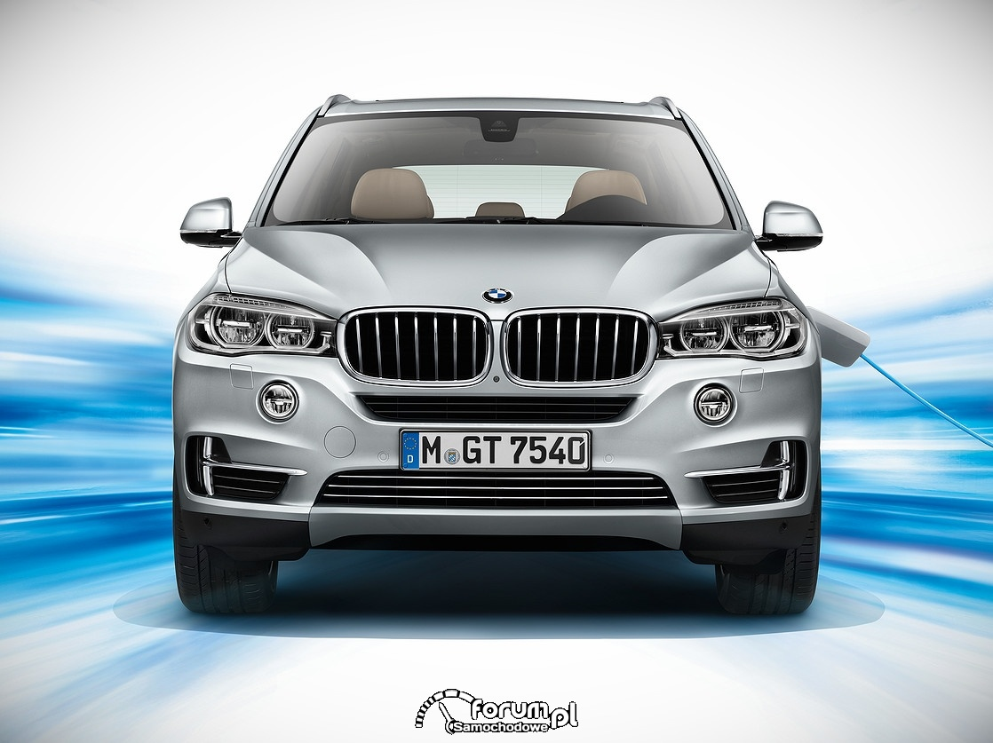 BMW X5 xDrive40e, przód