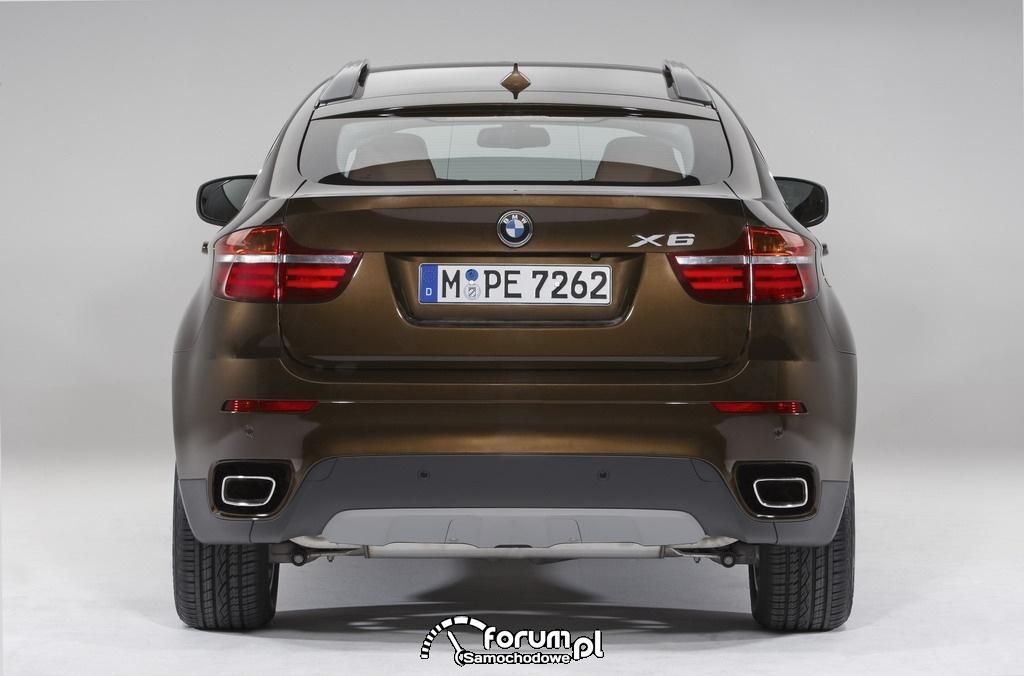 BMW X6 - widok z tyłu