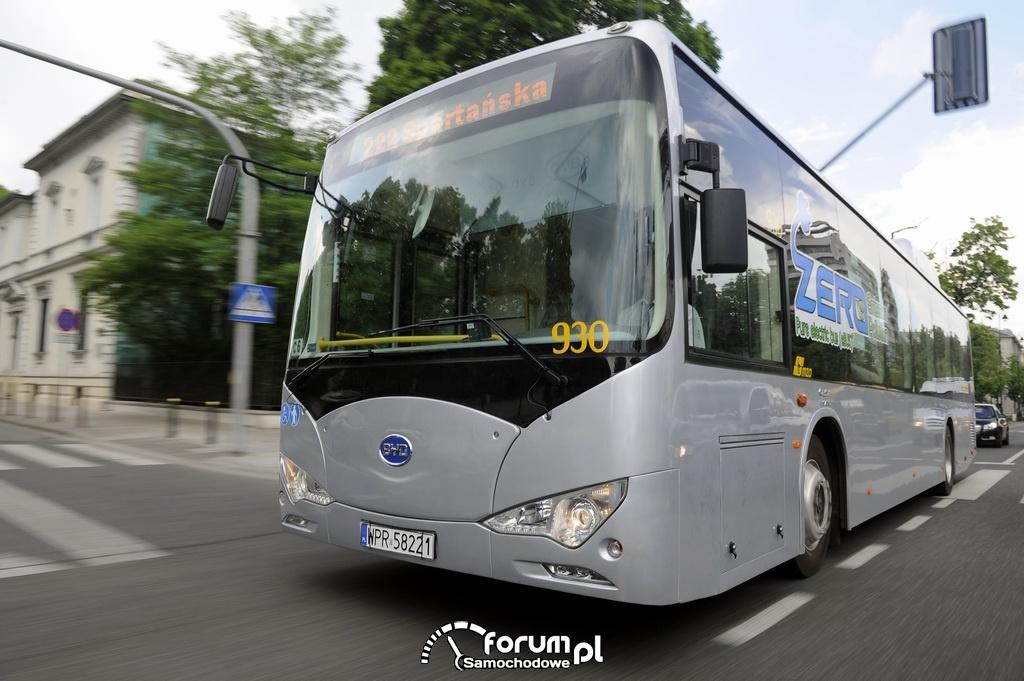 Autobus elektryczny  BYD K9 MZA