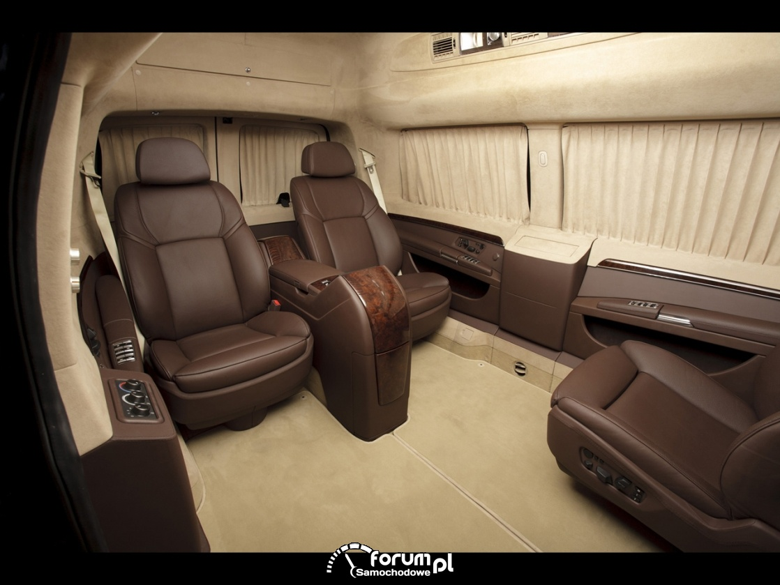 Chevrolet Express, luksusowe wnętrze dla pasażerów