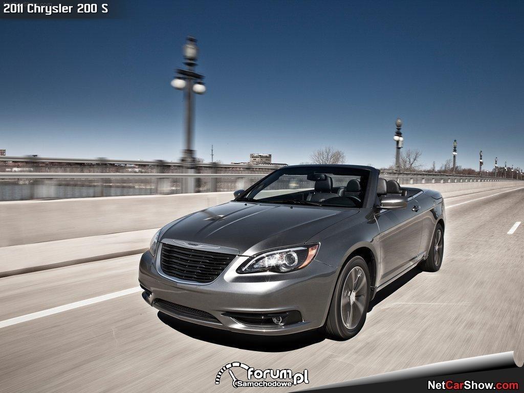 Chrysler 200 S