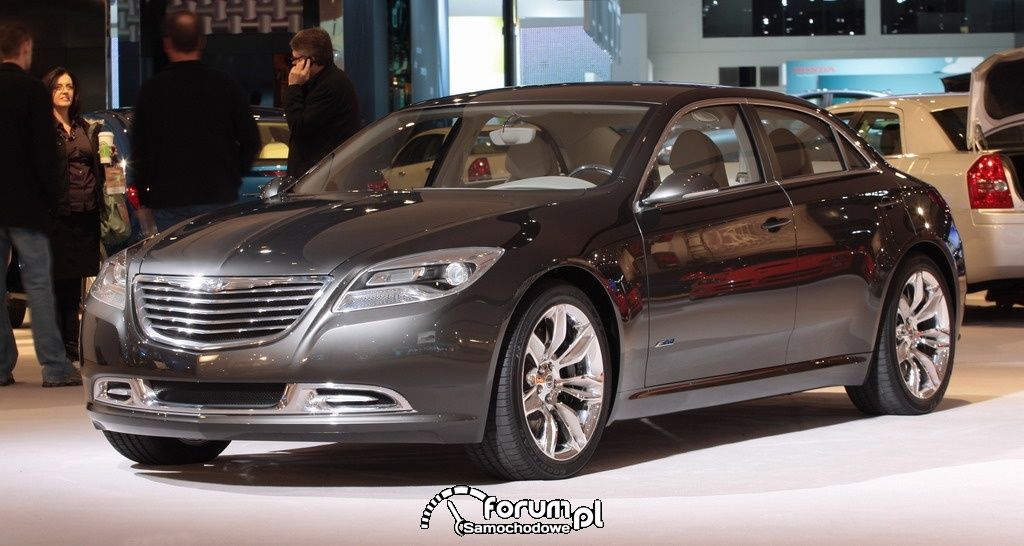 Chrysler 200C EV concept car