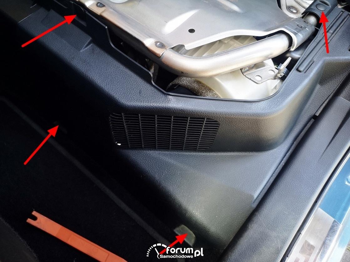 Obudowa filtra układu chłodzenia baterii trakcyjnej - Toyota Auris Hybrid