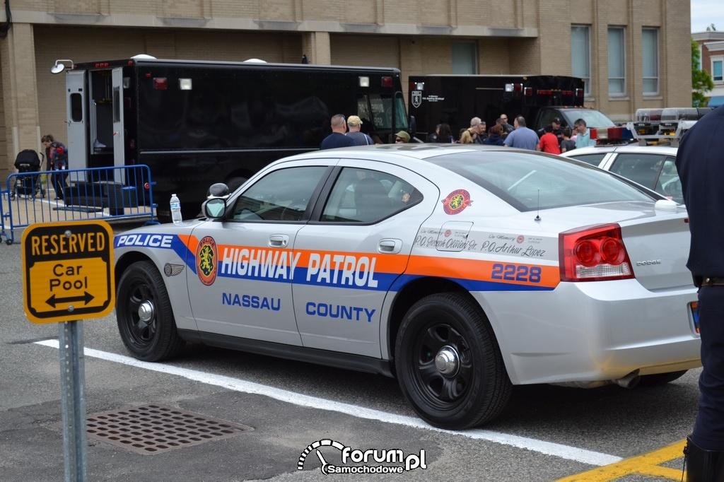 Dodge Charger - Highway Patrol, Nassau