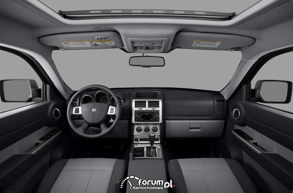 Dodge Nitro, SUV, wnętrze