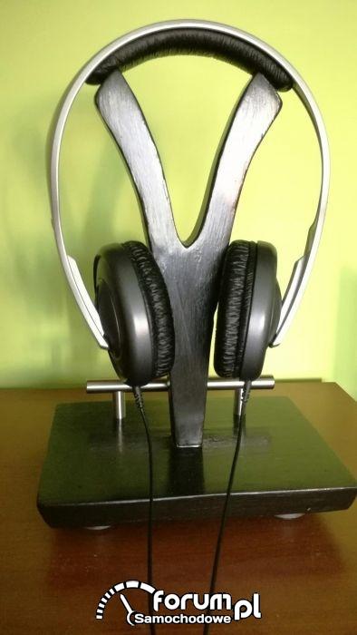 513469006 3 1000x700 stojak-na-sluchawki-drewno-handmade-mp3-i-sprzet-audio