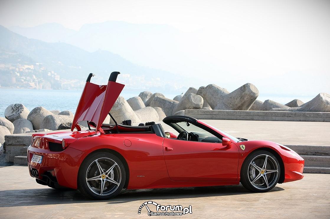 Ferrari 458 Spider, otwierany dach