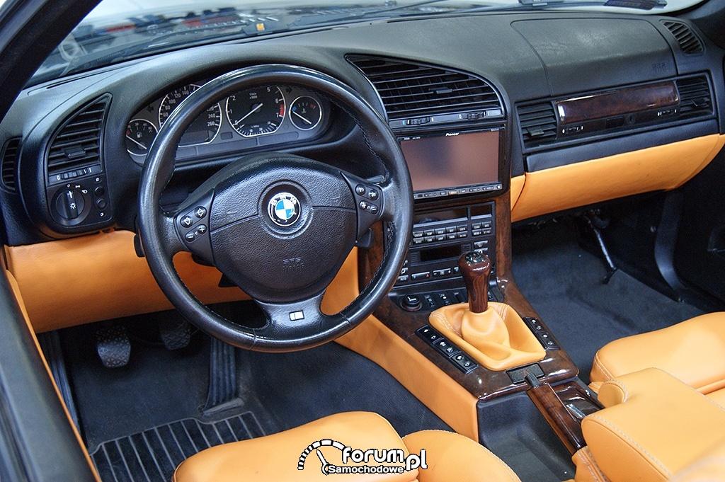 BMW E36 Cabrio, deska rozdzielcza