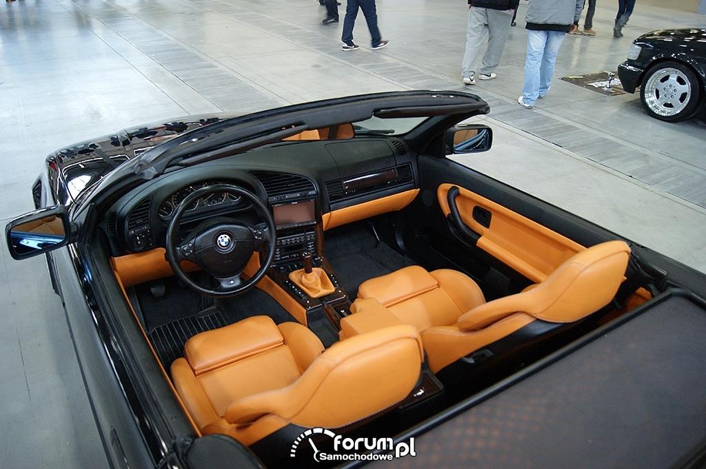 BMW E36 Cabrio, wnętrze