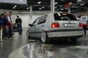 Volkswagen Golf III, srebrny, zjazd z obrotnicy