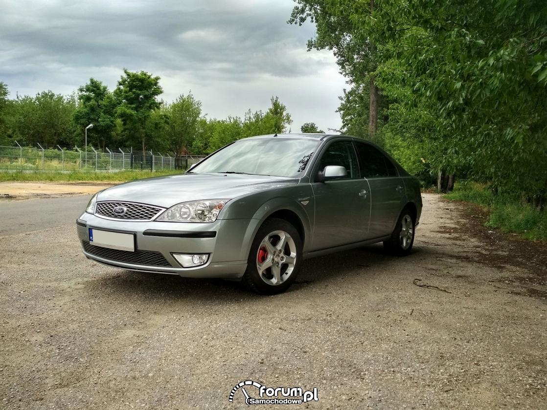 Ford Mondeo MkIII titanium X4