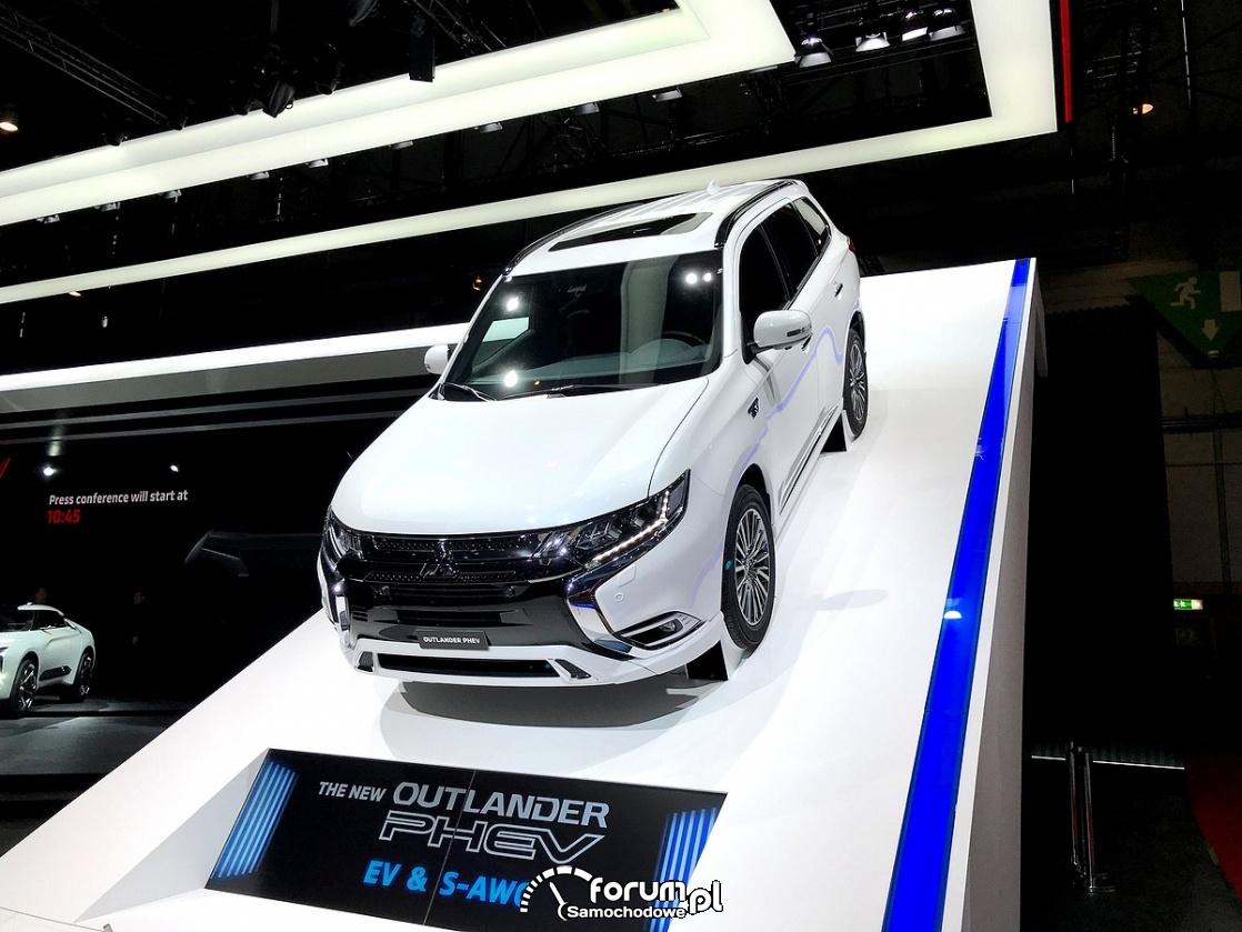 Mitsubishi Outlander PHEV EV S-AWC