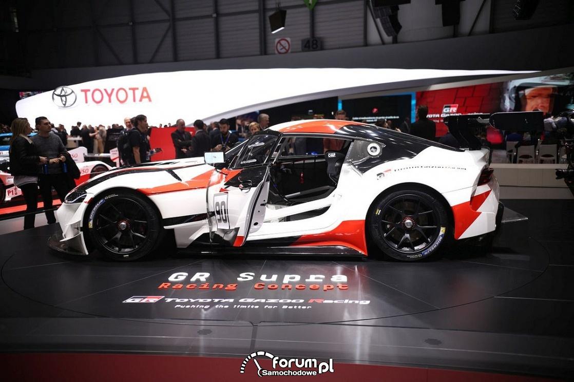Toyota GR Supra, bok