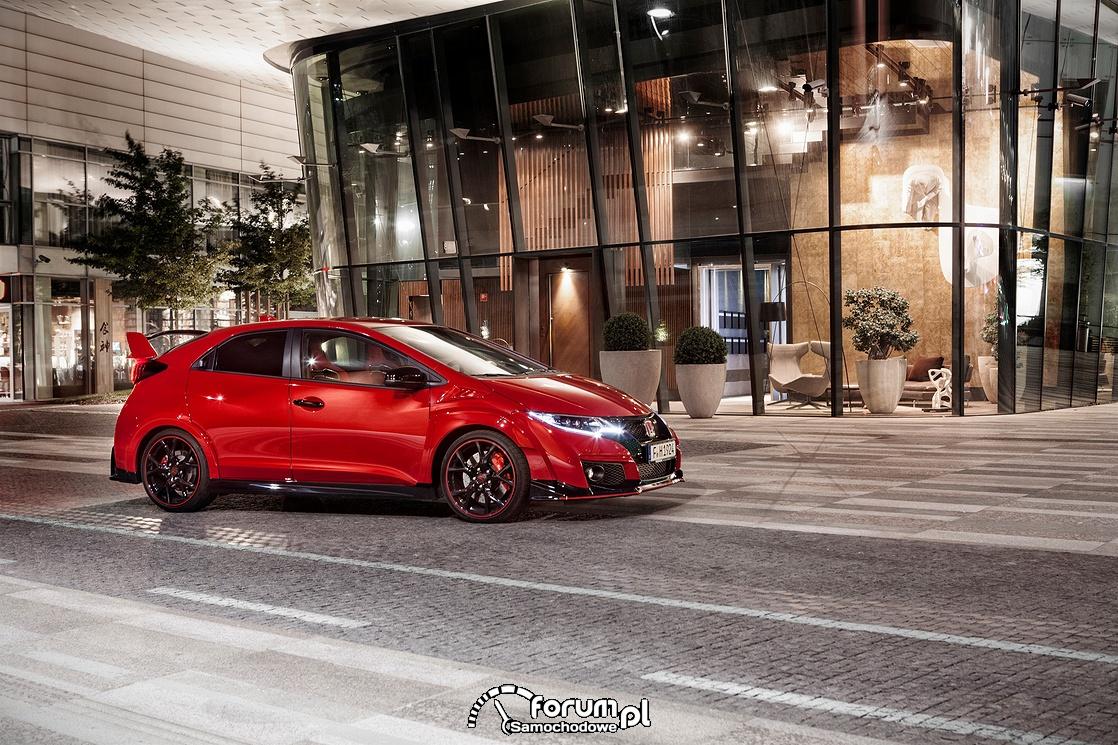 Civic Type R zdobywa nagrodę - Sportowy Samochód Roku
