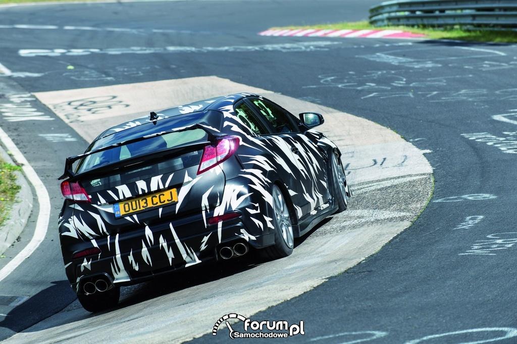Honda Civic Type R, testy na Nurburgring