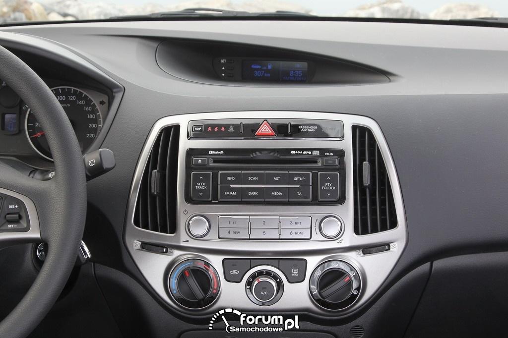 Hyundai i20, środkowa konsola, wnętrze
