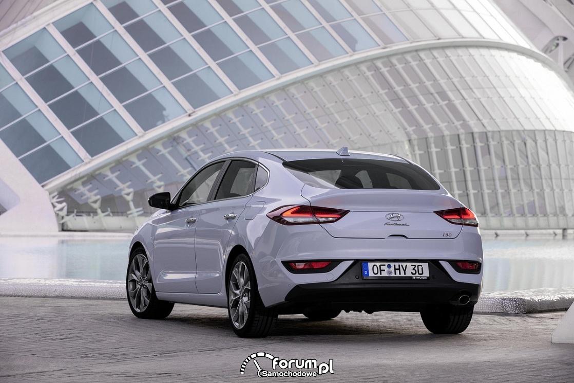 Hyundai i30 Fastback, tył