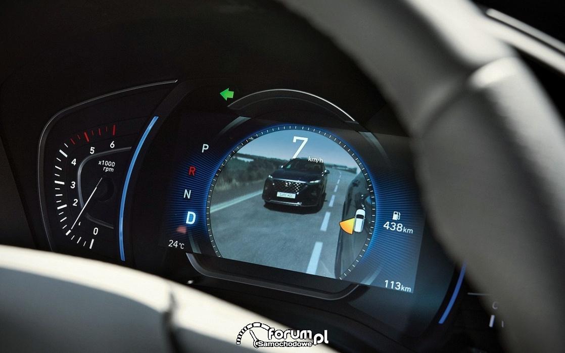 Hyundai Santa Fe - cyfrowe lusterko wsteczne w liczniku
