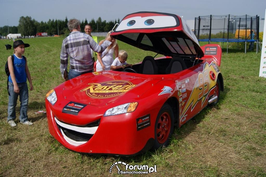Zygzak McQueen, samochód