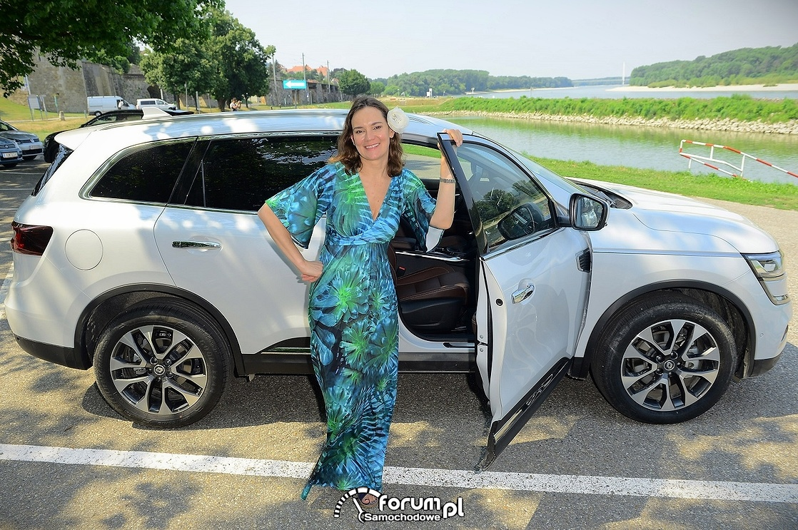 Aleksandra Niespielak, Renault Koleos, kobieta, SUV