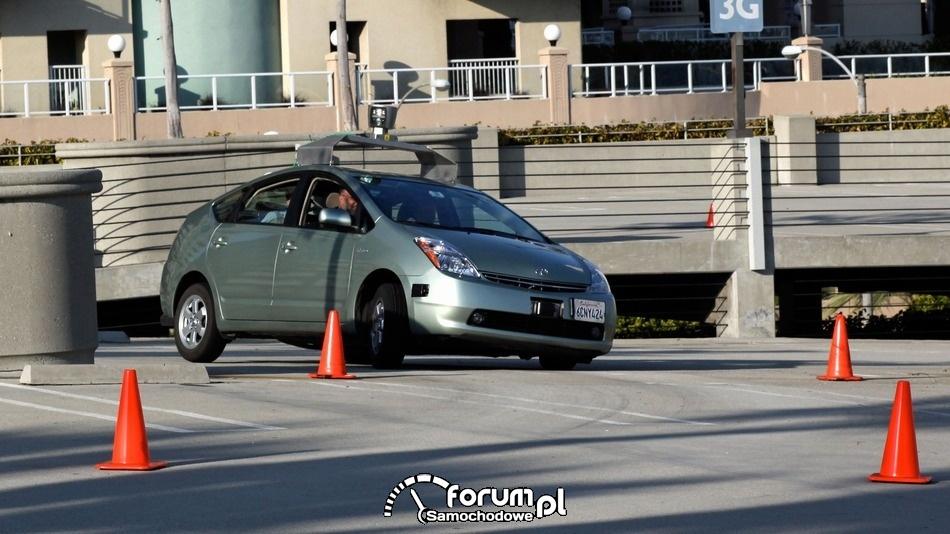 Autonomiczny samochód Google, Toyota Prius