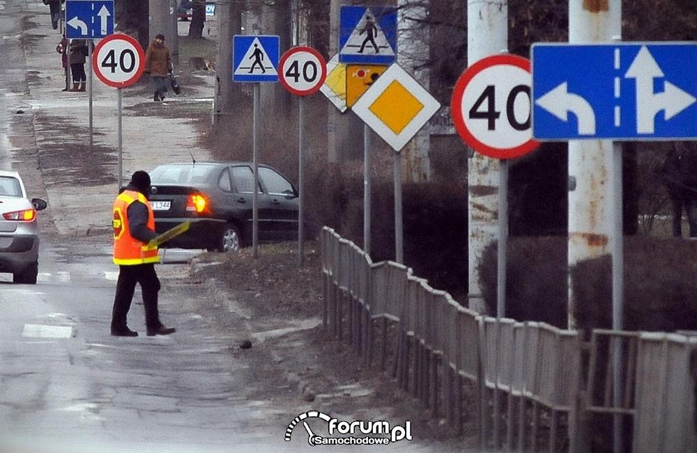 Gąszcz znaków drogowych