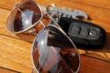 Po co kierowcy w zimie okulary przeciwsłoneczne?