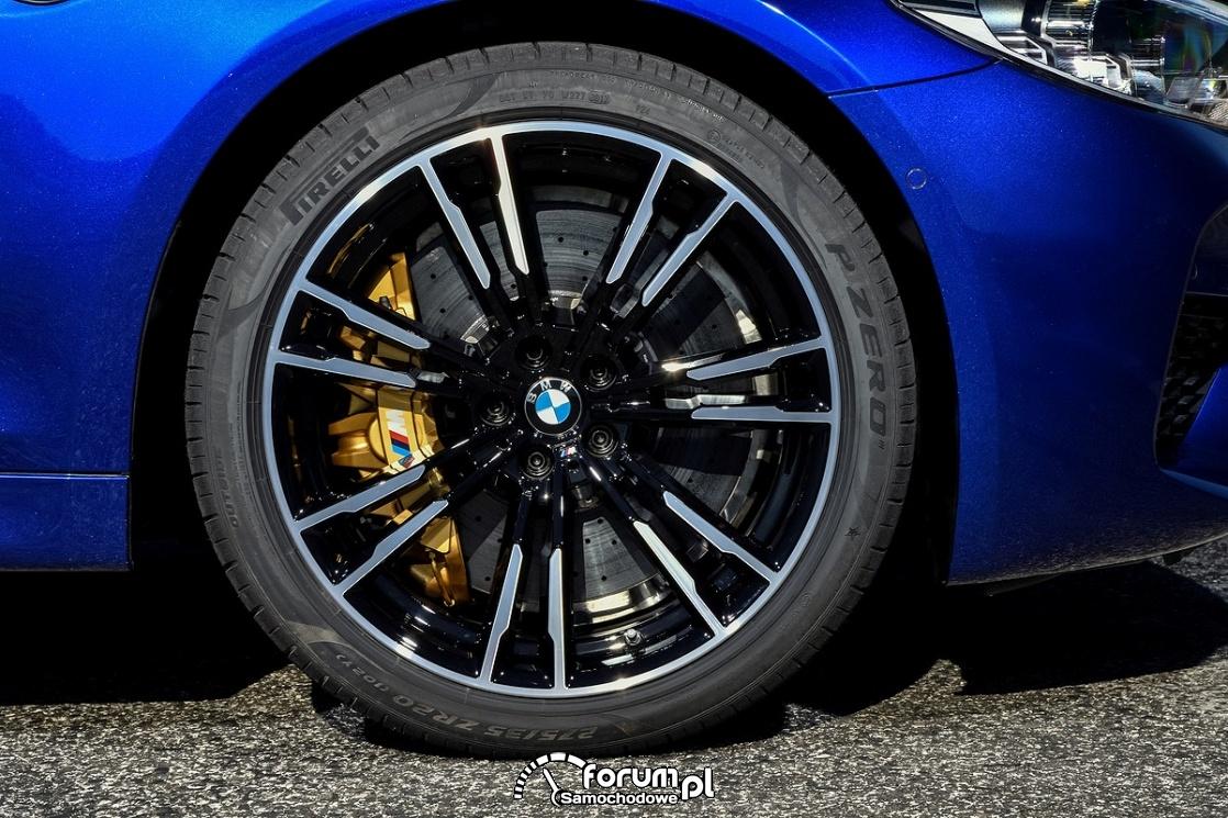 Opony Pirelli P ZERO, 275/35ZR20