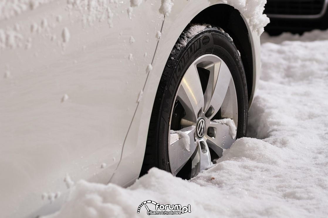 Opony zimowe, zima, śnieg