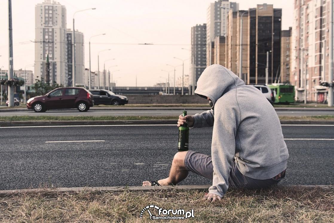 Pijany na ulicy, nietrzeźwy