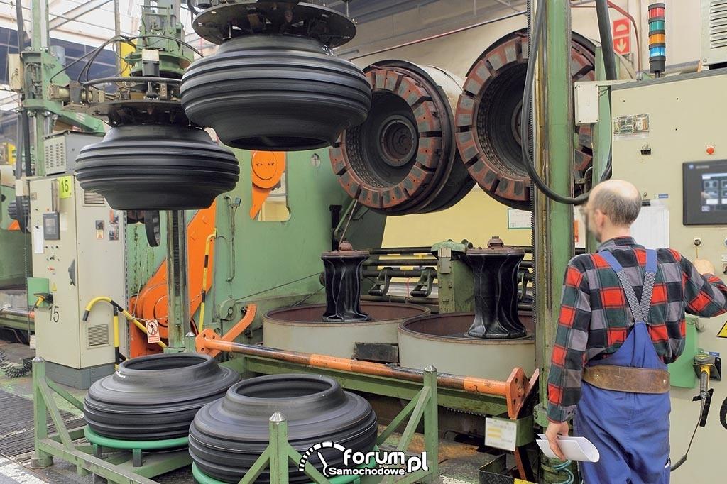 Produkcja opon, fabryka opon Michelin, 2