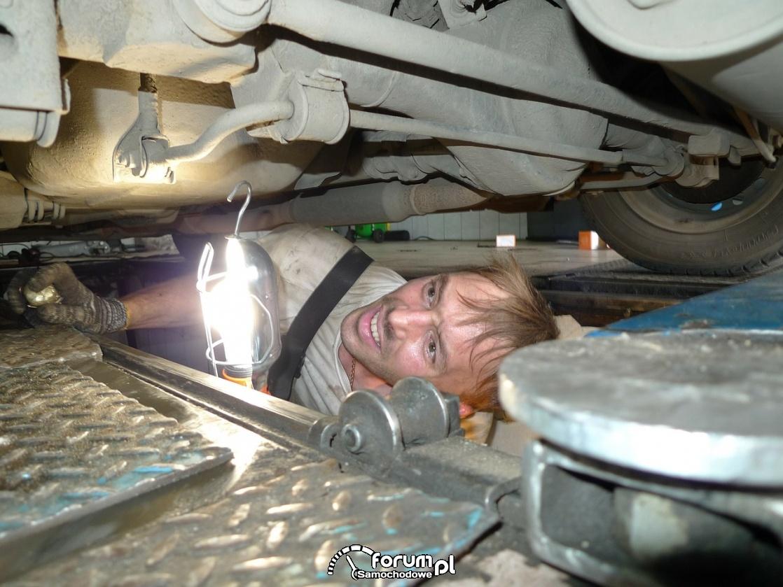 Przegląd zawieszenia, mechanik