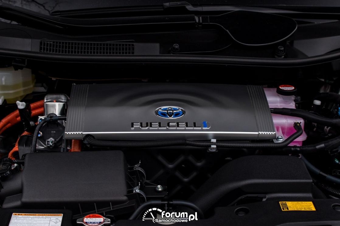 Silnik na wodór, Toyota FUELCELL