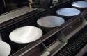 Walec kęsów stopu aluminium z którego powstają felgi