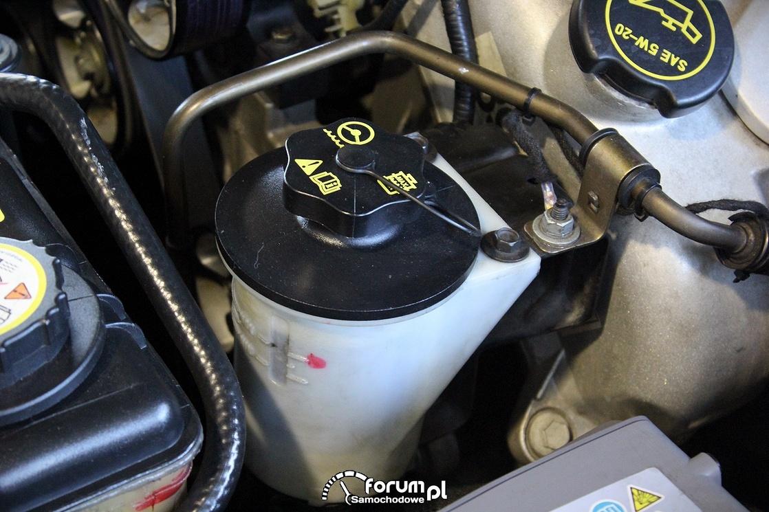 Zbiornik na płyn wspomagania kierownicy