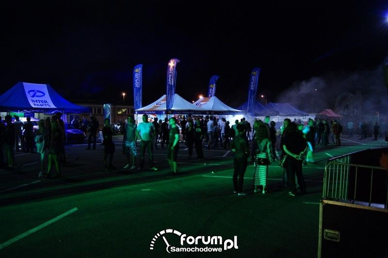Impreza na parkingu Makro w Olsztynie