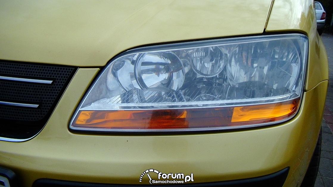 Fiat Idea, przednia lampa