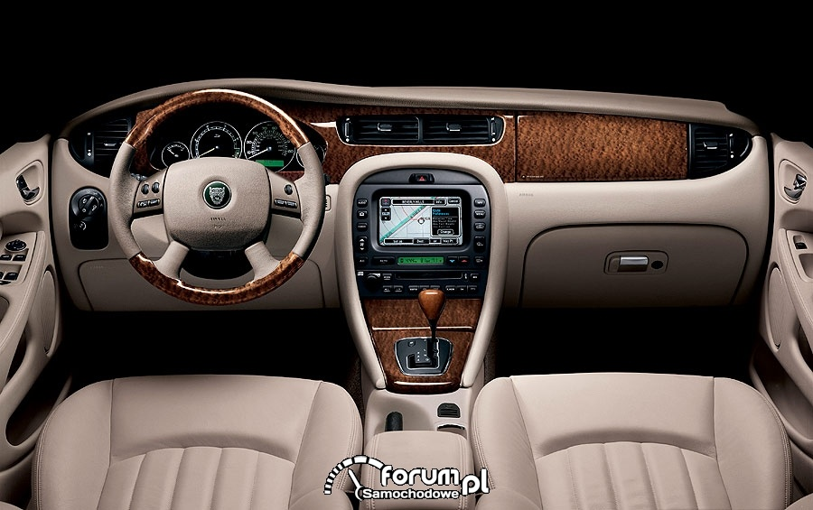 Interior Jaguar X Type 2008 3