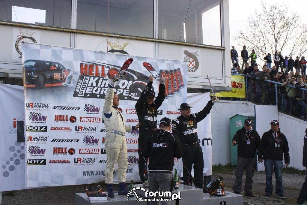 Kierowcy na podium