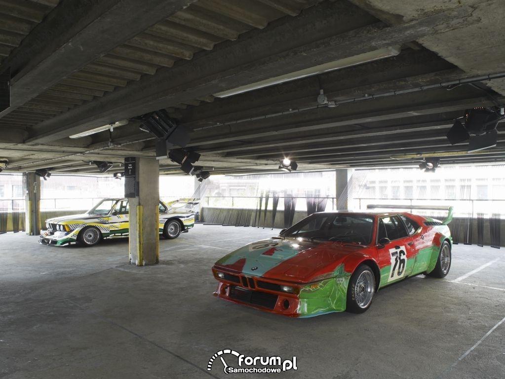 BMW M1 group 4 racing version - 1979 & BMW 320i group 5 racing version - 1977