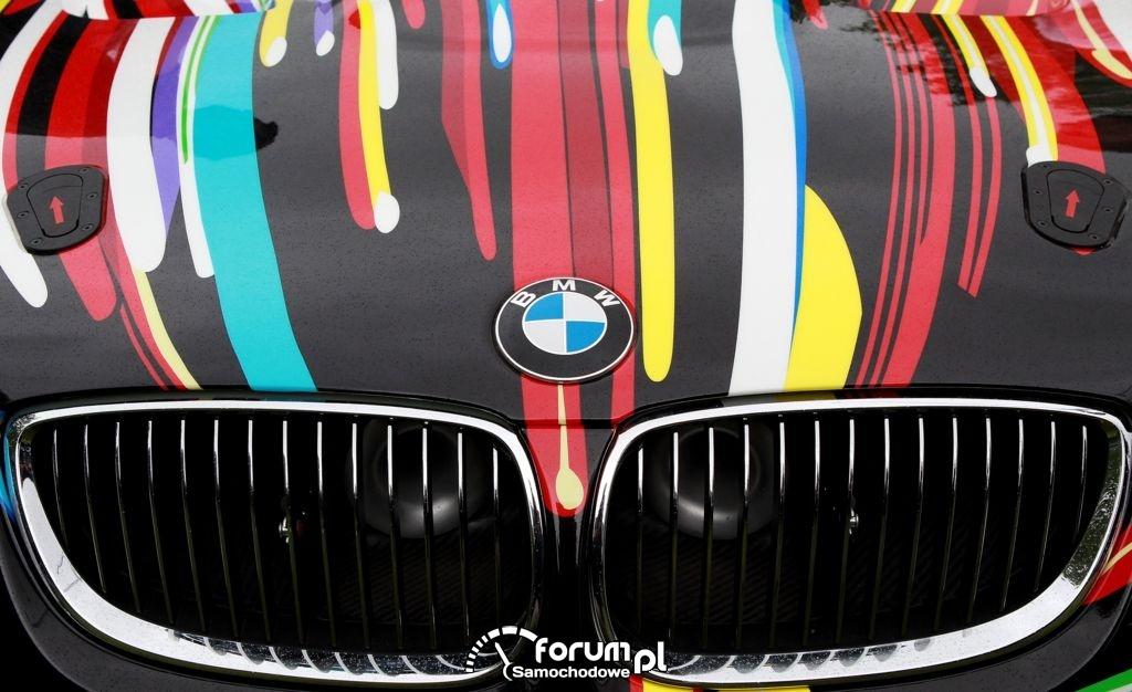 BMW M3 GT2, gril na masce