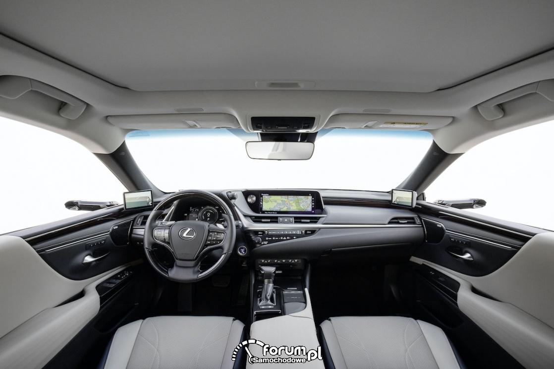 Lexus ES 300h - wnętrze z cyfrowymi lusterkami wstecznymi