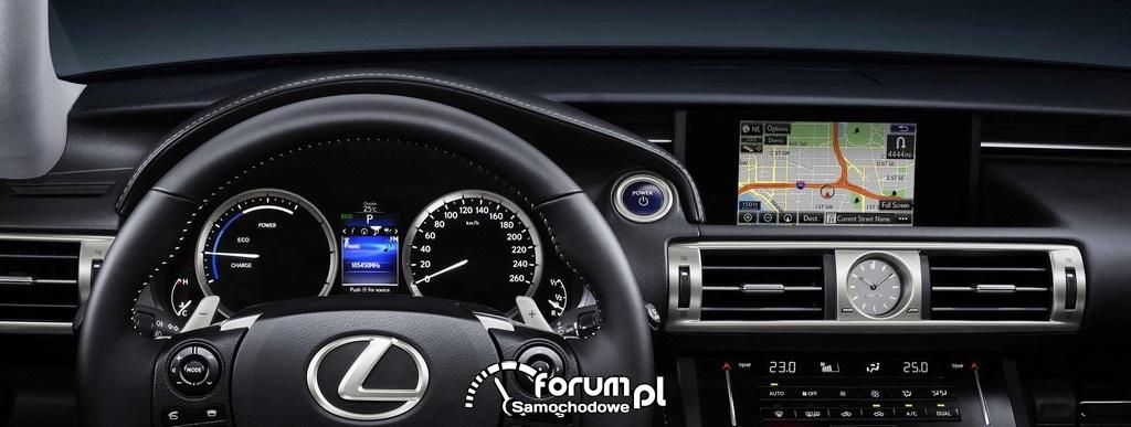 Lexus IS 300h, licznik, zegary i nawigacja