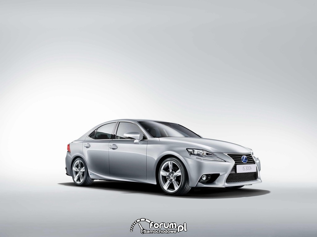 Lexus IS 300h, przód