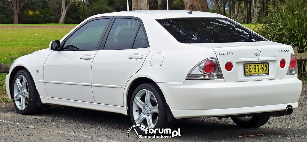 Lexus IS mk1