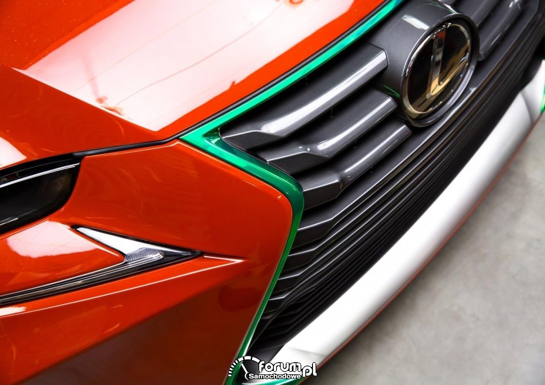 Lexus IS Sriracha, przednik grill